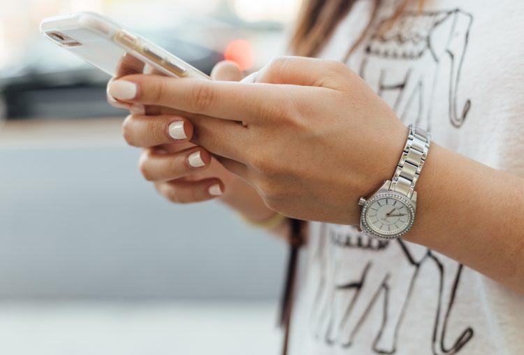 Gestione dei social network: faccio tutto da me o social media?